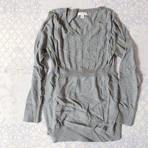 Liz Lange maternity cable knit sweater - medium